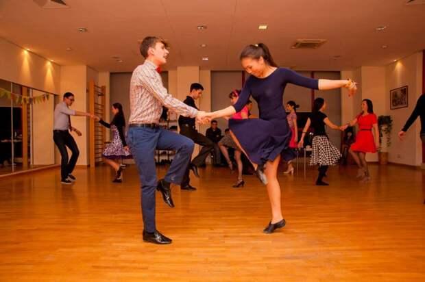 Танцы фото редакции