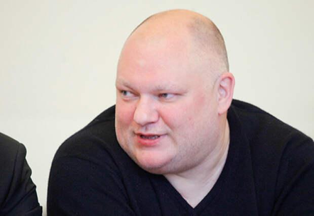 «Мы привыкли сидеть у государства на шее».  Депутат от «Единой России» предложил вообще отменить пенсии по старости