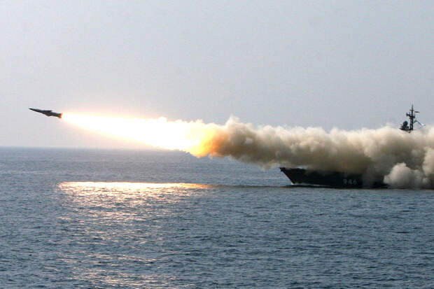 """Гиперзвуковая ракета """"Циркон"""" названа основным средством борьбы с авианосцами США"""