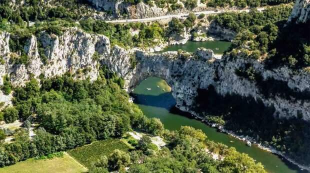 ПондАрк Франция. Создано самой природой. Невероятные природные арки. Фото с сайта NewPix.ru