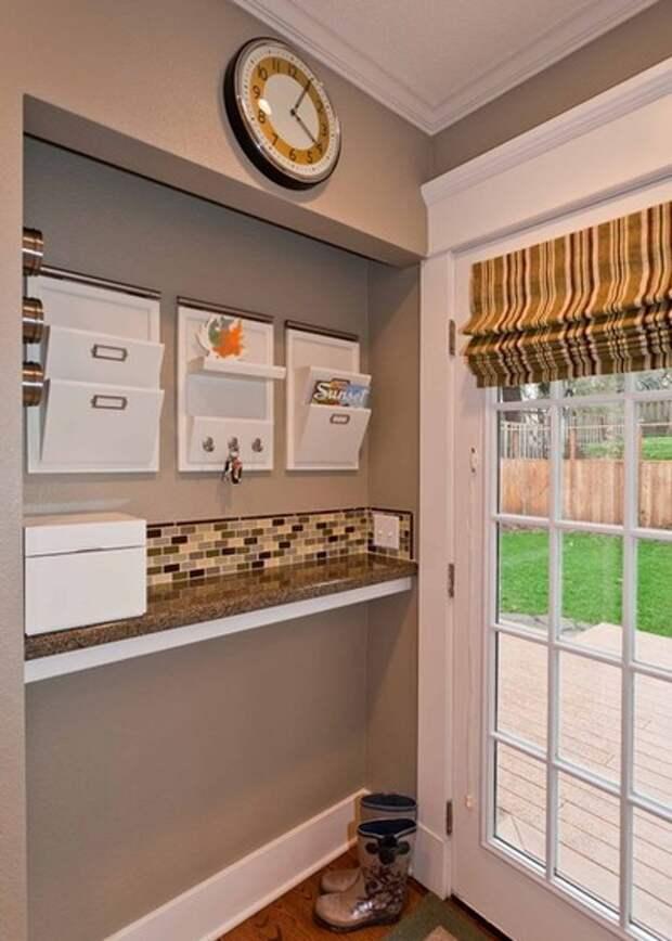 Классический Кухня by Angela Todd Designs, Portland, OR