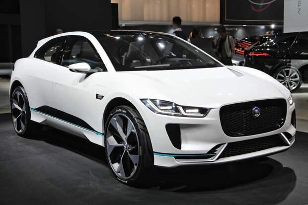 """Какой автомобиль по мнению жюри удостоился звания """"Европейский автомобиль года 2020"""" (Давайте посмотрим)"""