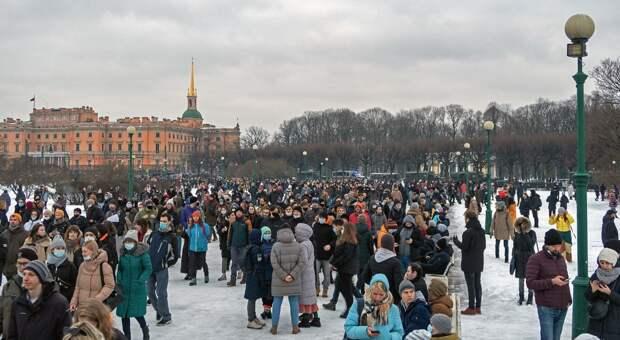Спад напряжения: эксперты о будущем протестного движения в России