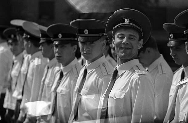 Фотограф Евгений Канаев: «Казань и казанцы в 90-е» 90