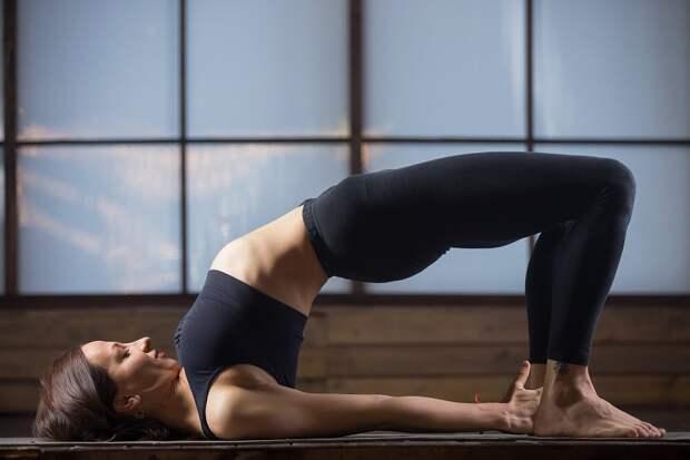позы йоги для улучшения памяти