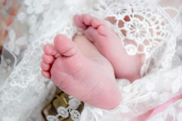 Регистрацию рождения ребенка в Удмуртии могут передать в МФЦ