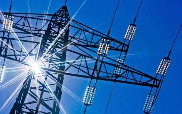 Минэнерго: Электросети РФ теряют до трети передаваемой энергии