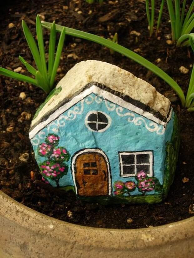 домики из камней 6