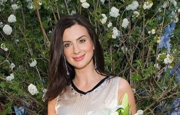 Телеведущая Екатерина Стриженова расплакалась из-за фотографии, присланной дочкой