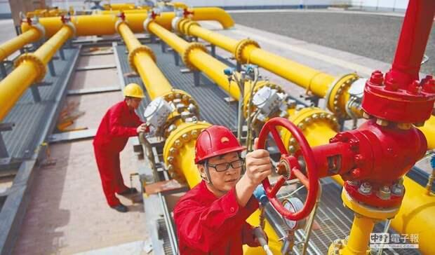 На2,4% увеличилась добыча нефти вКНР всентябре, газа— на7,6%