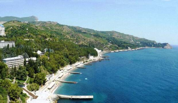 Поселки Крыма лидируют по доступности отдыха в «высокий» летний сезон