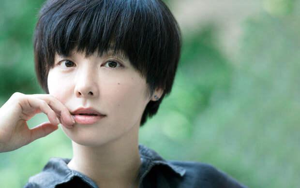 «Игры в чужие жизни»: переводчик Харуки Мураками Дмитрий Коваленин — о женском буме японской литературы