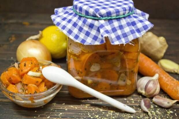 Маринованная морковка с луком и орегано