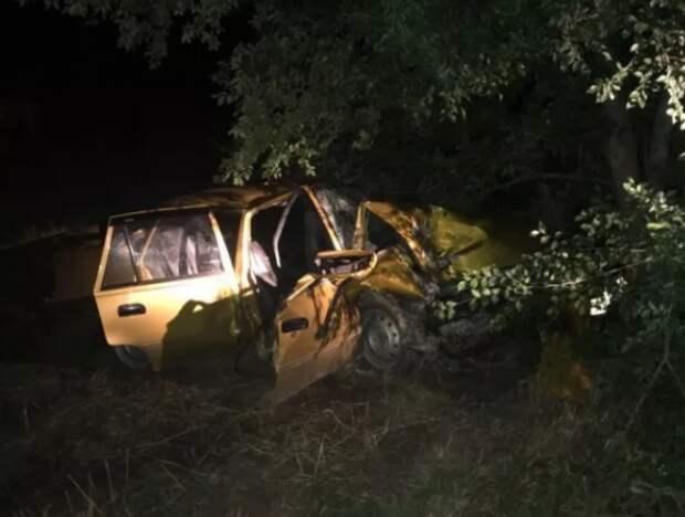 Ночное ДТП в Крыму: пострадали несколько человек (ФОТО)