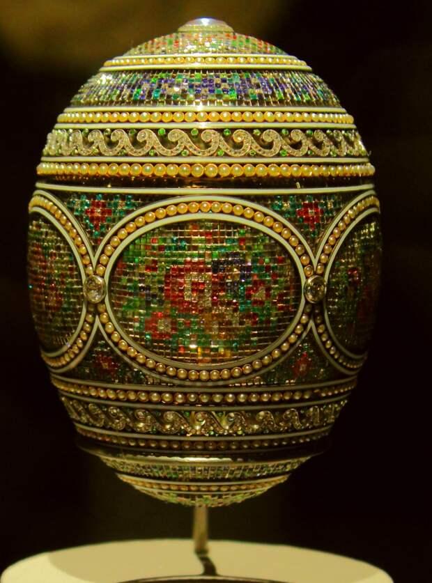 Фаберже: императорские яйца в анфас и в профиль (окончание)