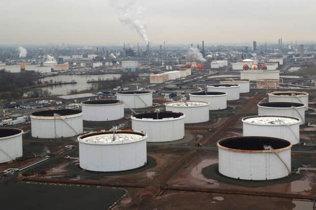 Не навреди: о шансах нормализовать ситуацию на нефтяном рынке