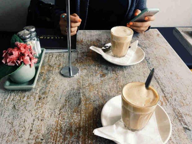 В кафе. Фото: pixabay.com