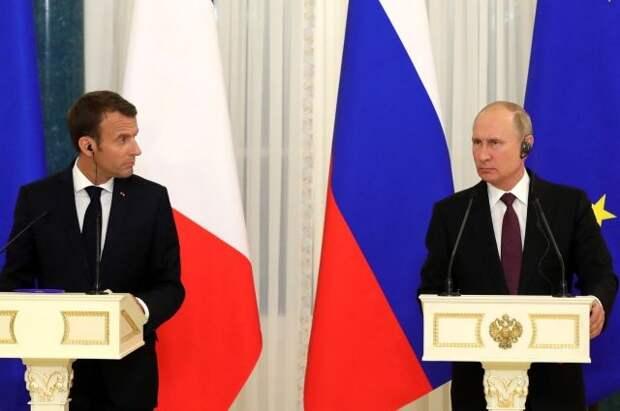 Макрон в ближайшее время планирует провести переговоры с Путиным
