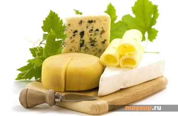Cалат из свеклы с сыром и чесноком