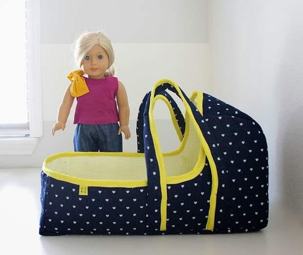 Переносная люлька для кукол