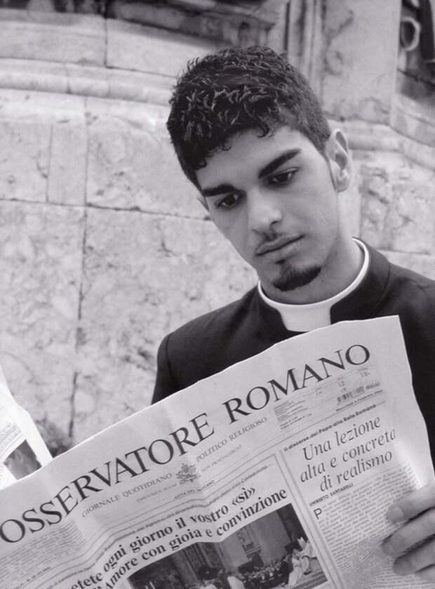Фотопортреты молодых итальянских священников