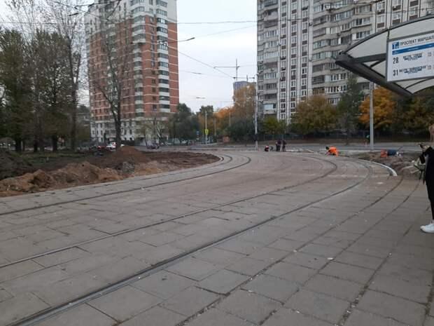 Ремонт трамвайных путей на проспекте Маршала Жукова завершат в ноябре