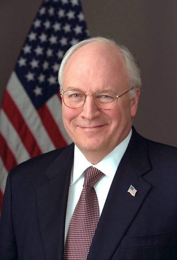 """Вице-президент США Дик Чейни - ястреб и морализатор по прозвищу """"Багдадский вор"""""""