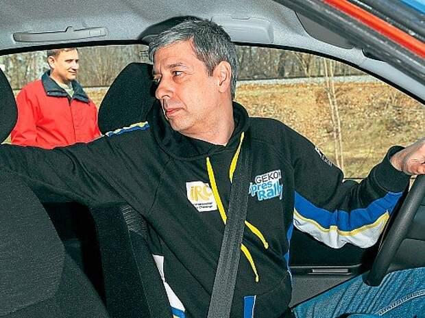 Регулируем зеркала в автомобиле