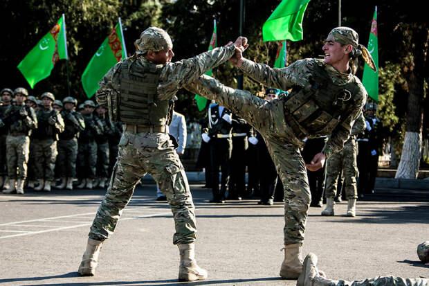 Туркменский спецназ. Смогут ли эти крутые бойцы при необходимости справиться с экстремистами? Фото из открытых источников