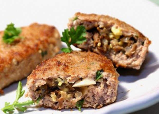 Вкусное блюдо на каждый день и для праздника – картофельные зразы с грибами
