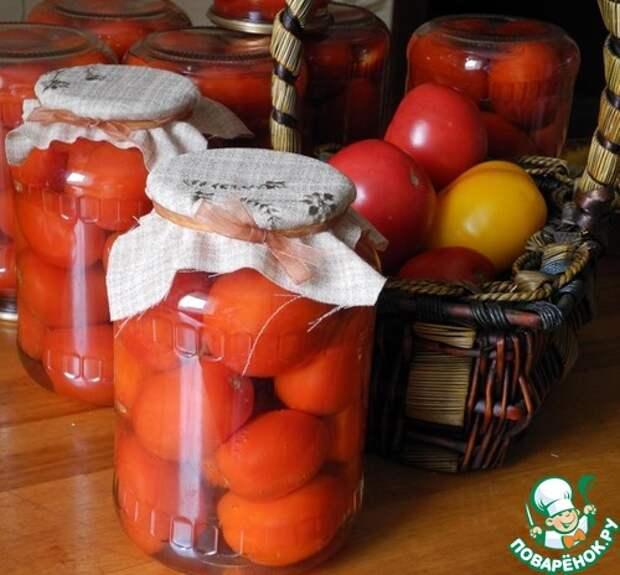 Помидоры сладкие без пряностей - все просто: банки, вода, помидоры…