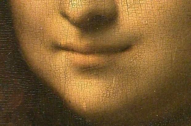 Кракелюры на улыбке Джоконды. Фото с сайта https://ru.wikipedia.org/