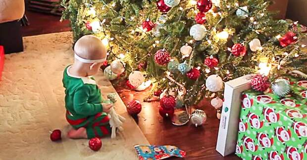 Как отмечают Рождество с маленьким ребенком