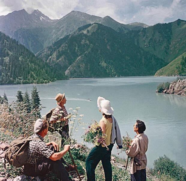 На озере Иссык-Куль, 1959: СССР в фото, подборка