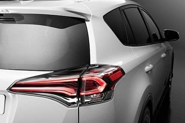 Объявлена дата старта продаж обновленного Toyota RAV4