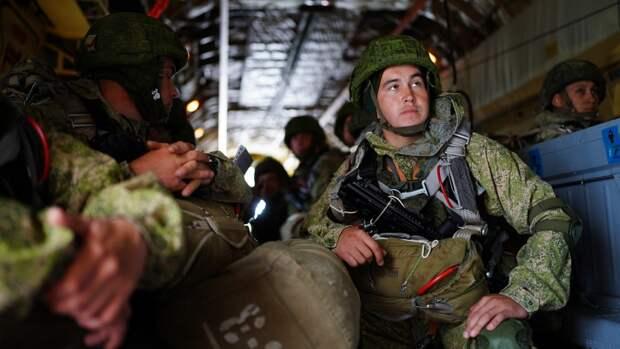 Российские и белорусские десантники отразили атаку «врага» в ходе учений «Запад-2021»