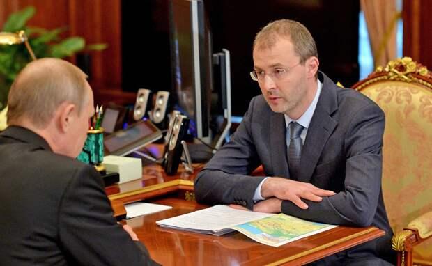 Губернатор Чукотки рассказал Путину о получающих 180 тыс. руб. врачах