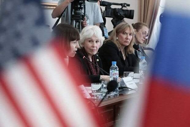 В Крым прибыла делегация общественности из США