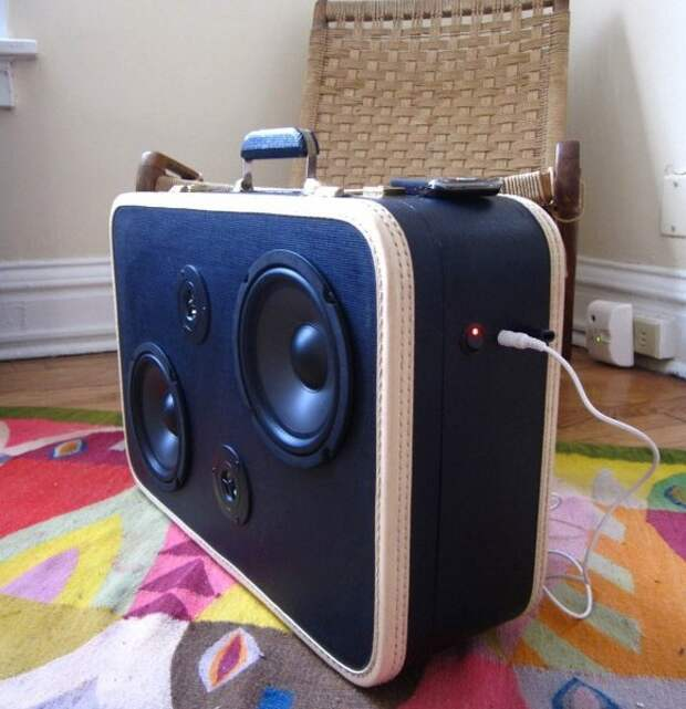 Аудиосистема из чемодана
