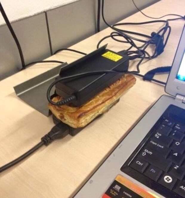 Теперь я понял, зачем на работе нужны ноутбуки обед, прикол, работа, хитрости