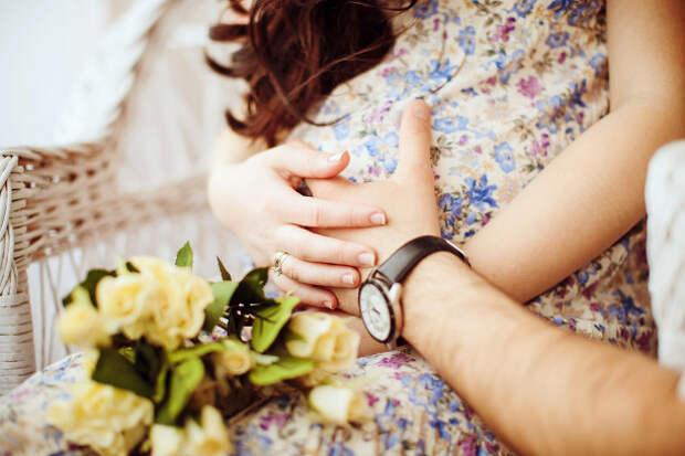 Что беременность делает с твоими близкими: 9 стадий безумия