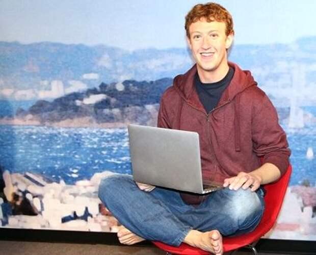 Основателя Facebook изваяли в воске
