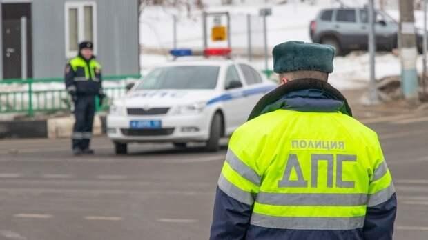 Девять автомобилей столкнулись на юге Москвы