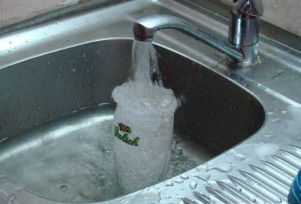 Как правильно мыть пивной бокал (14 фото)