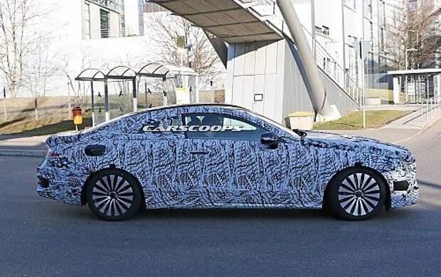 2017-Mercedes-E-Class-Coupe-5