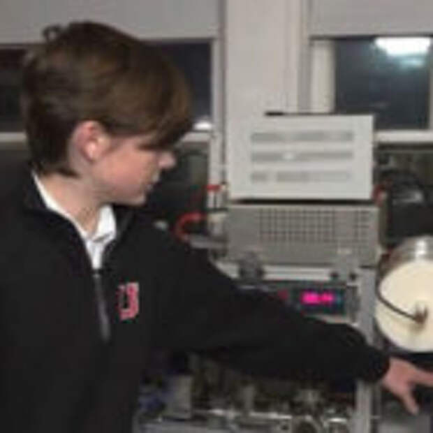 12-летний школьник собрал ядерный реактор у себя в комнате