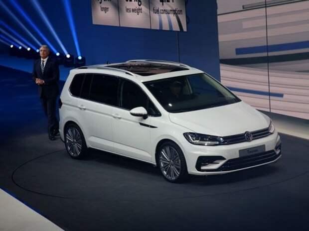 Мировая премьера автосалона - новый VW Touran
