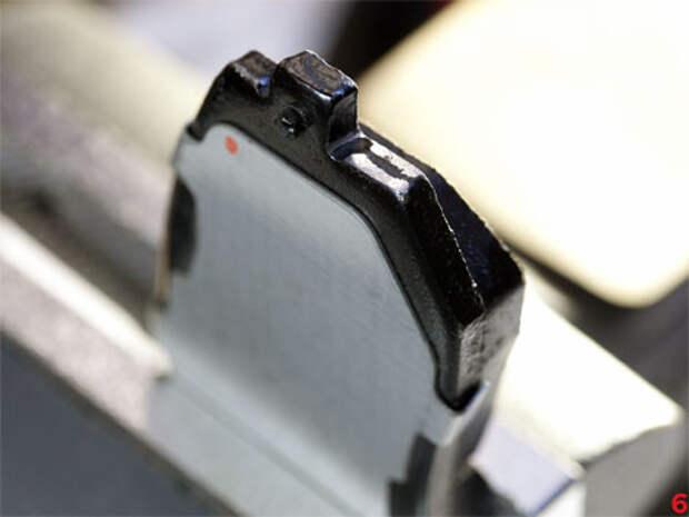 Как устранить скрип тормозных колодок