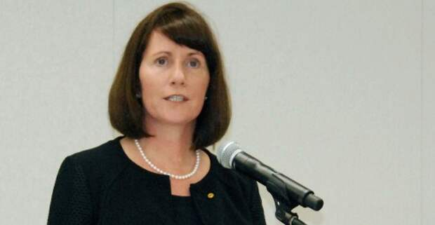 Экс-глава Toyota по коммуникациям Джули Хэмп