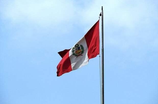 В Перу потерпел крушение военный вертолет, пять человек погибли
